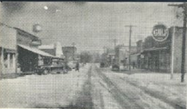 1952_Street_Scene_crop_600