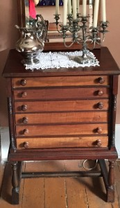 IMG_0639_Cabinet_early_date
