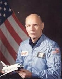 Astronaut-William-Thornton_300H